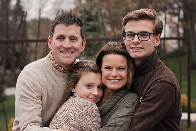 Family photo of Hank, Caroline, Will and Susie Bounds